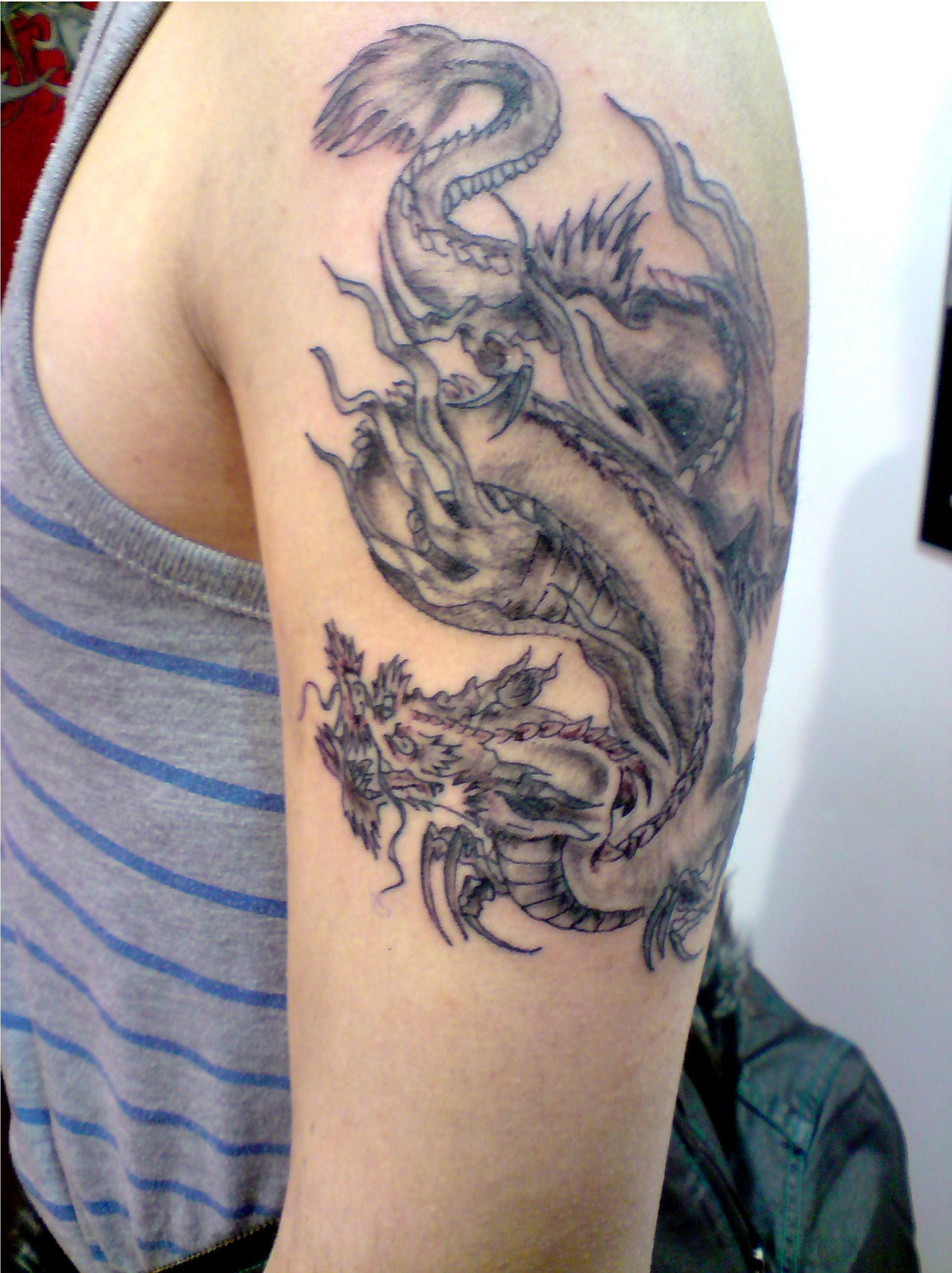 traditanol chinese dragon tattoo picture. Black Bedroom Furniture Sets. Home Design Ideas