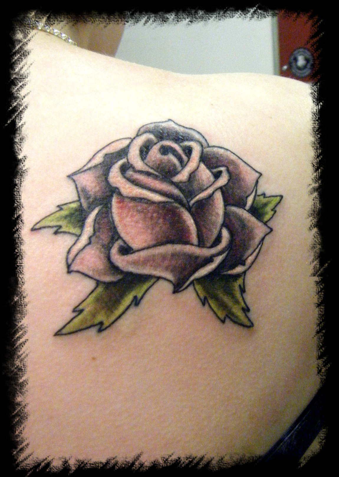 rose old school pink tattoo picture