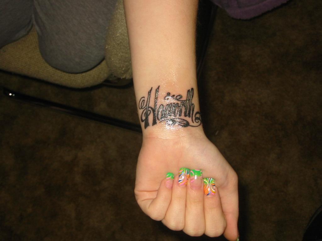 Name tattoo ideas for wrist wrist tattoo
