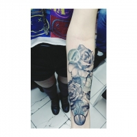 First tattoo: Realistic roses