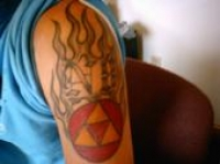 Zelda's Tri-Force  (N8 tat seperate occasion)